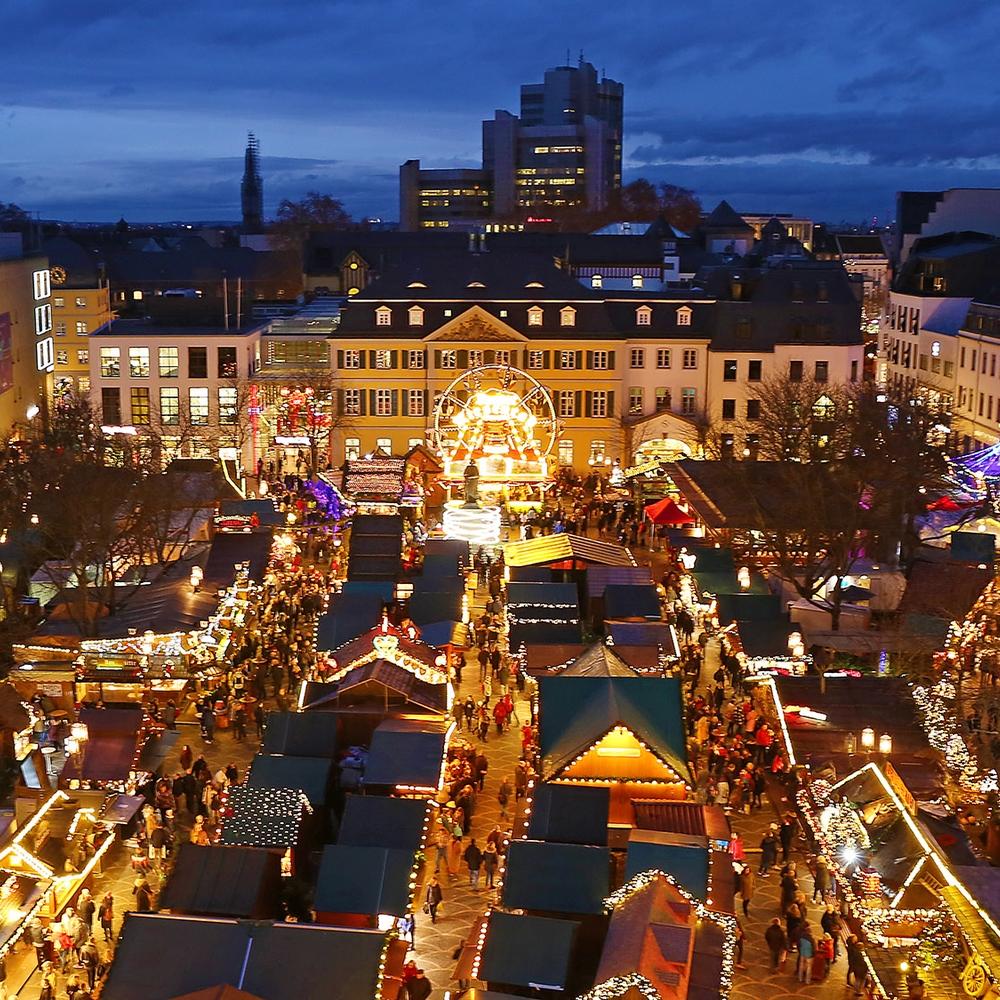 Blick auf den Bonner Weihnachtsmarkt