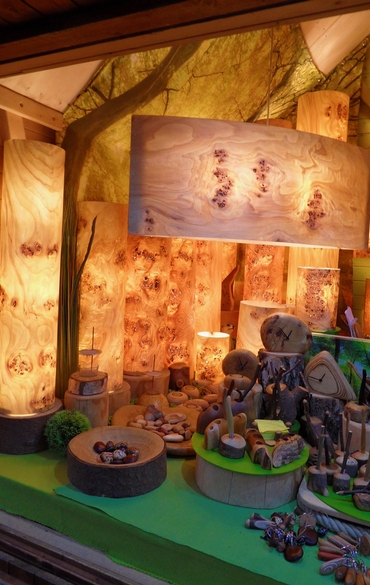 Selbstgemachte Lampen aus Holz