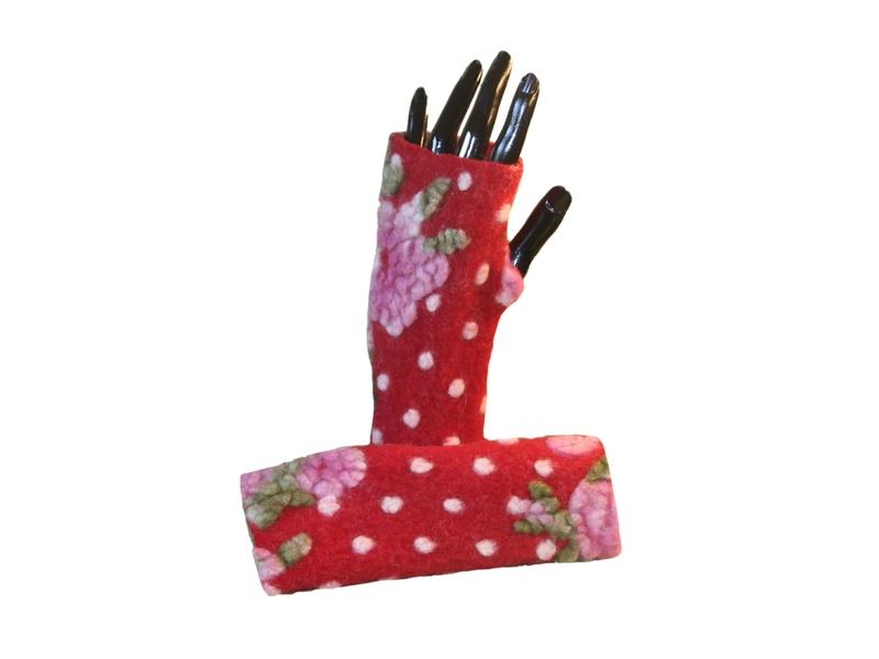 Handgefertigte Handschuhe von Rita Tayba