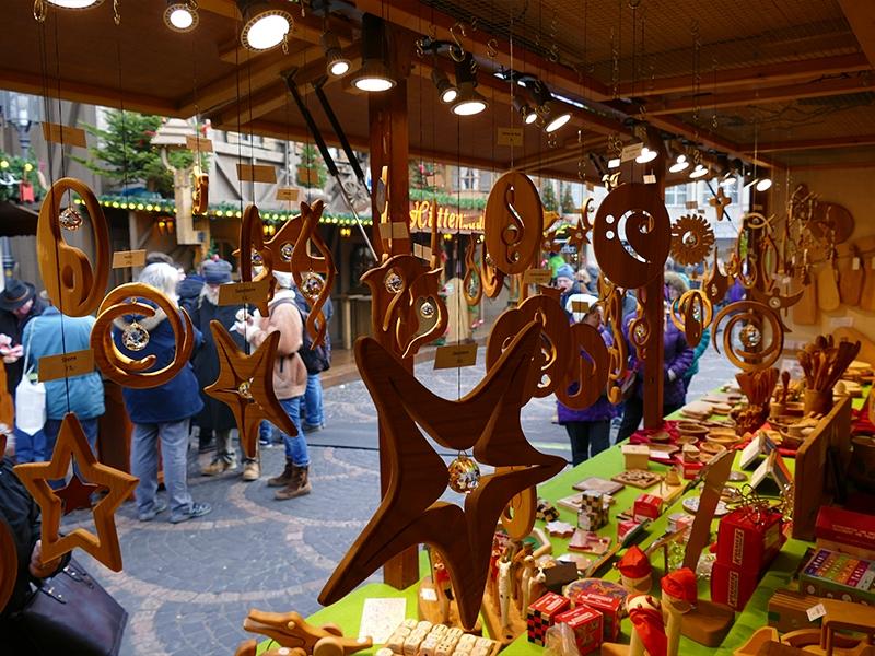 Holzdecken- oder Weihnachsbaumschmuck