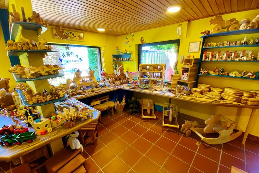 Der Showroom von Madera-Spielzeug - Norbert Stock